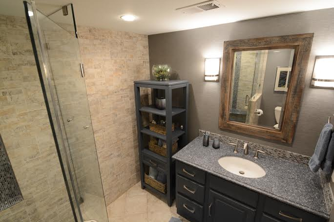 Mountain Retreat Guest Bathroom